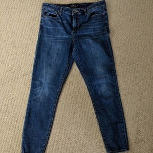 Medium Wash Lucky Brand Jeans